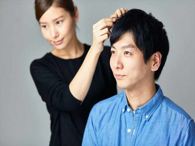 薄毛の原因は頭皮にある!?育毛サロンでできること